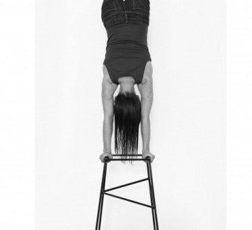 eva_rothschild_handstand_1024x1024