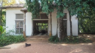 Entrance to Bawa's studio