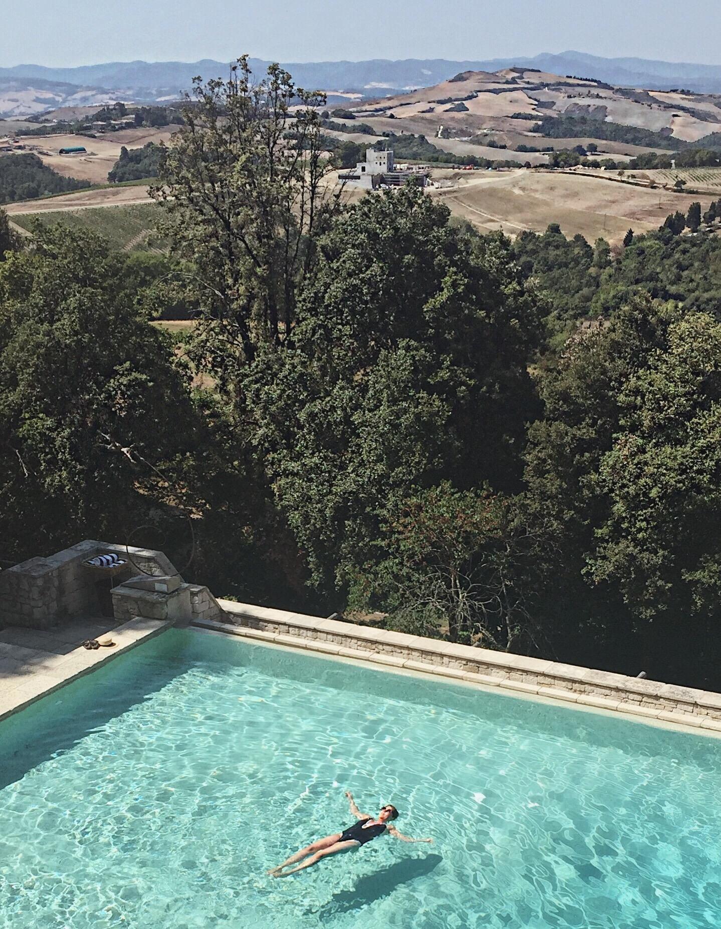 Infinity pool at Borgo Pignano