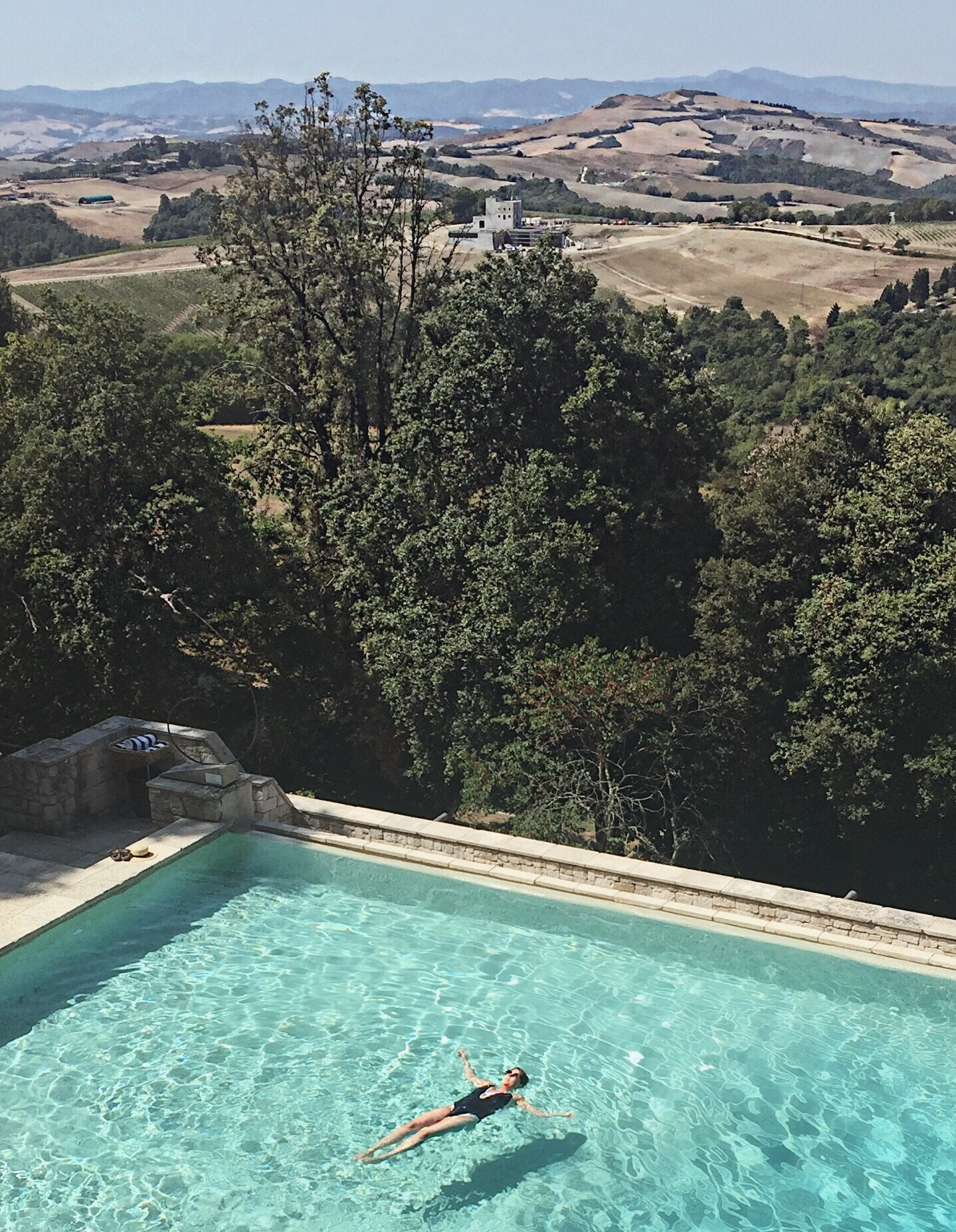 Infinity pool at Borgo Pignano