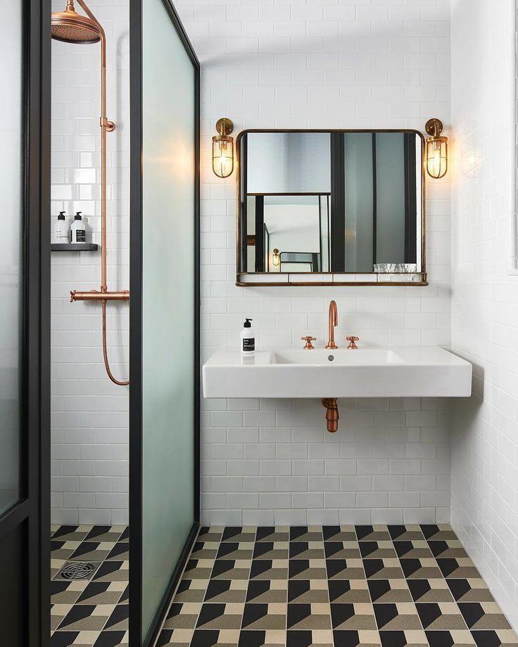 bathroom hoxton. jpg